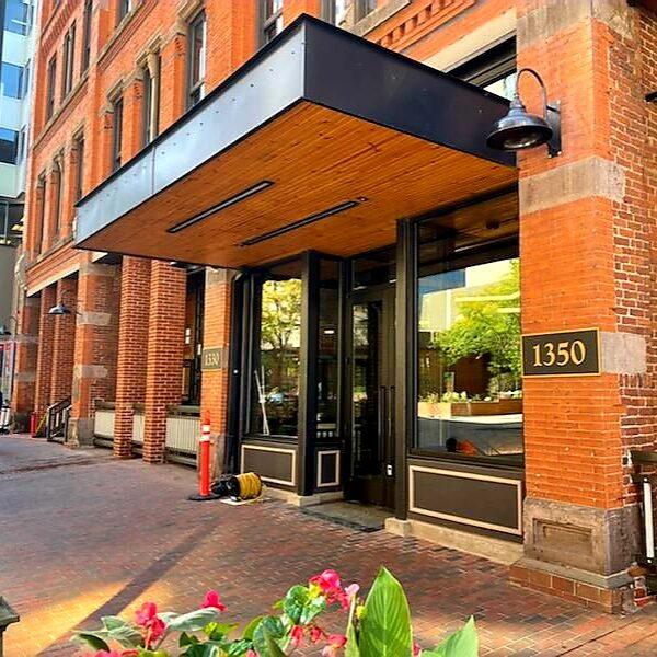 Denver 17th Street Entrance